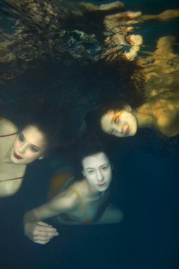 Three Divas Underwater